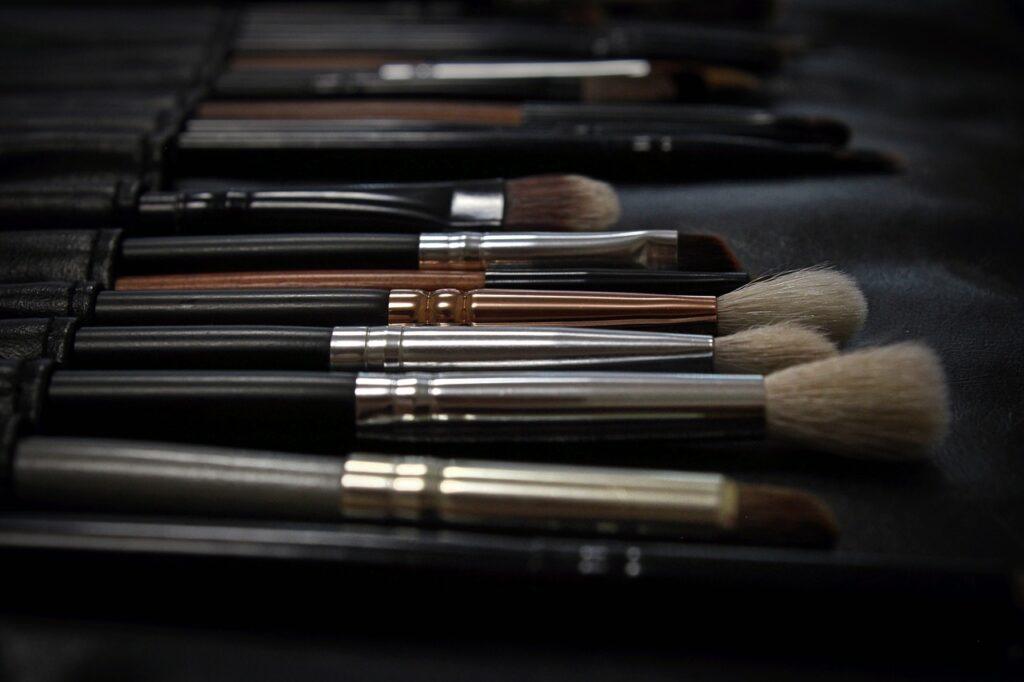 Jak zwiększyć sprzedaż w salonie kosmetycznym – skuteczny poradnik